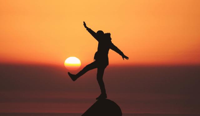 Vind balans in een yogapractise – het verschil tussen Sthira en Sukha