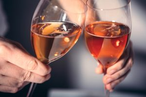 ワイングラスで香り豊かに、ティーを楽しもう。