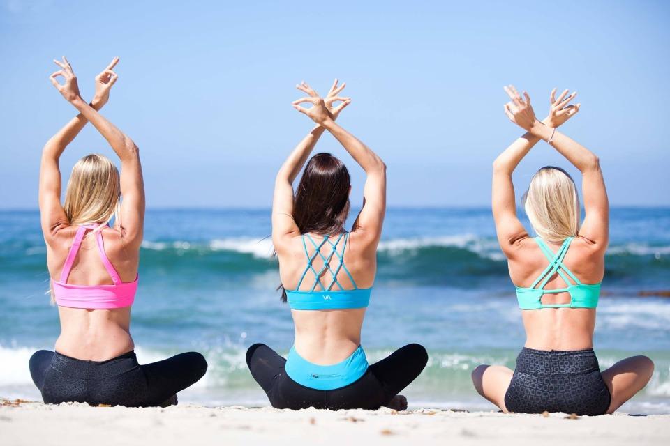 valleau apparel yoga clothes_960x640