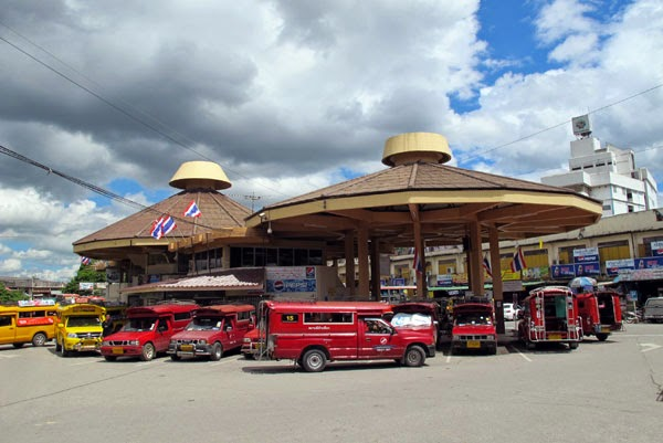 chiang-mai-chang-puak-bus-station-2706