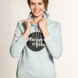 hoodie-moonchild-damen-hellblau-bio-nachhaltig