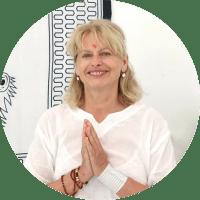 ina - Yoga Teacher Training Sweden