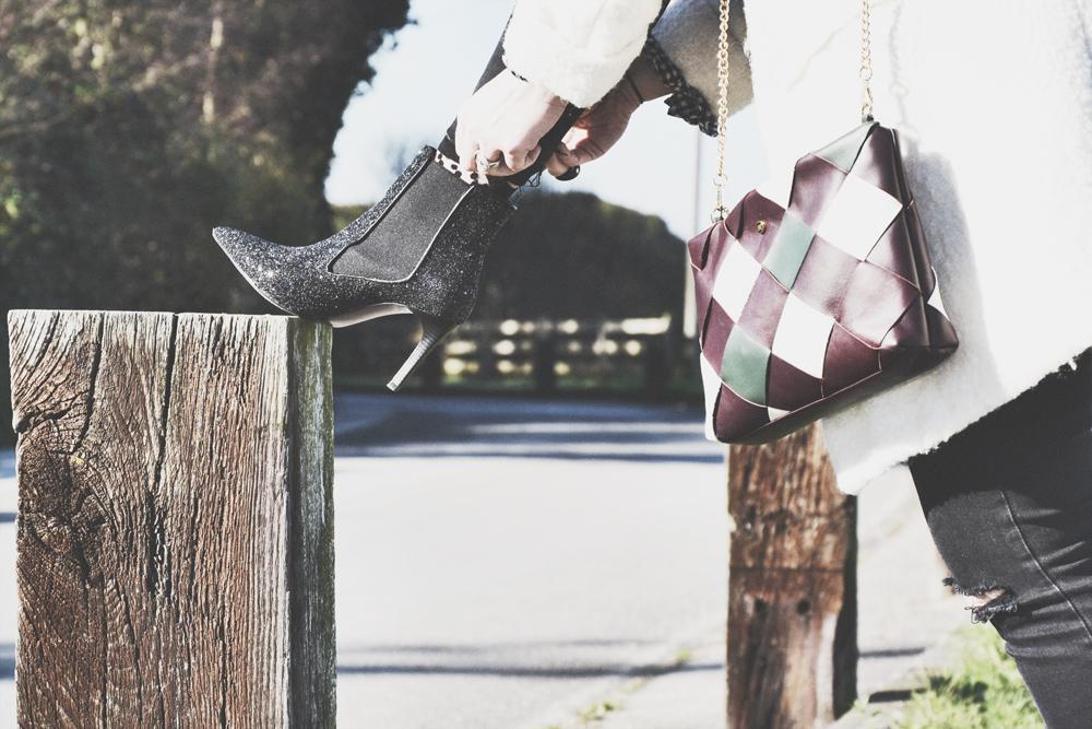 botines de lentejuelas de Zara