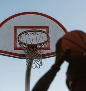 3×3バスケの正式な読み方・呼び方は「スリー・エックス・スリー」