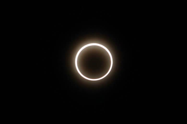 金環日食とは
