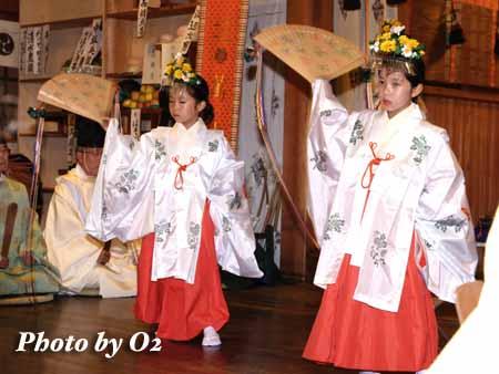 平成18年 函館市 湯倉神社 浦安の舞