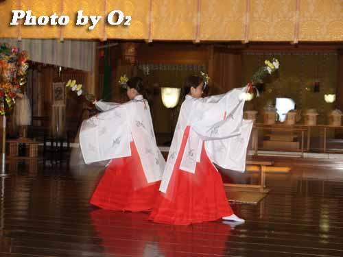 平成19年 函館市 函館八幡宮 御神楽 豊栄の舞