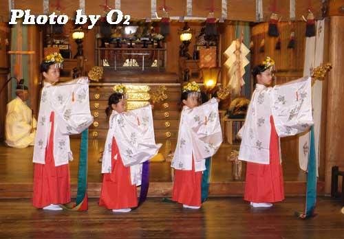 平成19年 湯倉神社本祭 浦安の舞
