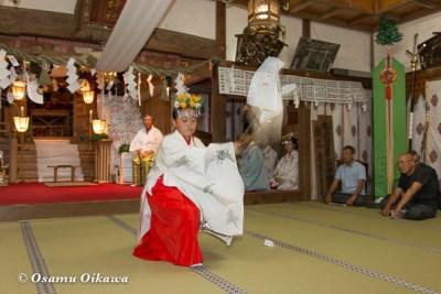北海道 乙部八幡神社 神楽舞 番楽