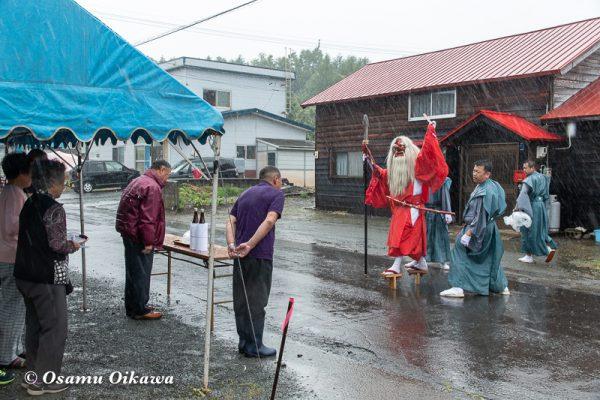 平成30年 古平町 琴平神社例大祭 二日目 渡御祭 雨 献酒 猿田彦