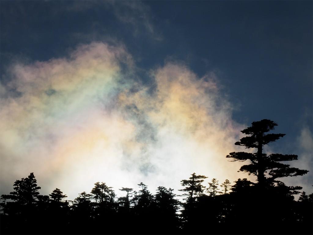 9月中旬渋峠の彩雲
