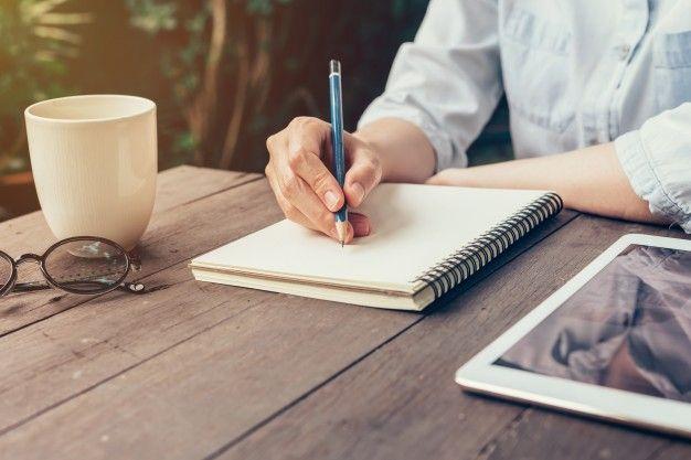 Lo que un escritor/a tiene que hacer hoy en día para que le lean !!!
