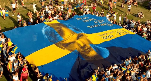 Tiesto在Tomorrowland 2019向Avcii致敬 16