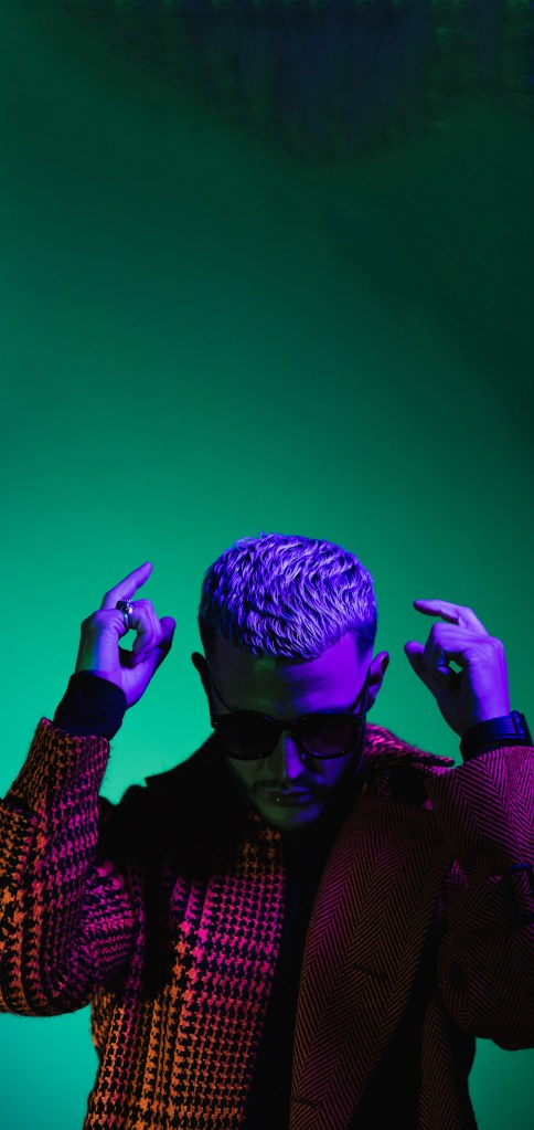 CREAMFIELDS HK 首次移師到戶外及現場升級至兩座舞台 重量級音樂人 DJ SNAKE、ARMIN VAN BUUREN 和 ILLENIUM 將帶領 12 月 28 (星期六) 及 29 日 (星期日) 於西九文化區藝術公園 呈現極致奢華的電子音樂體驗 5