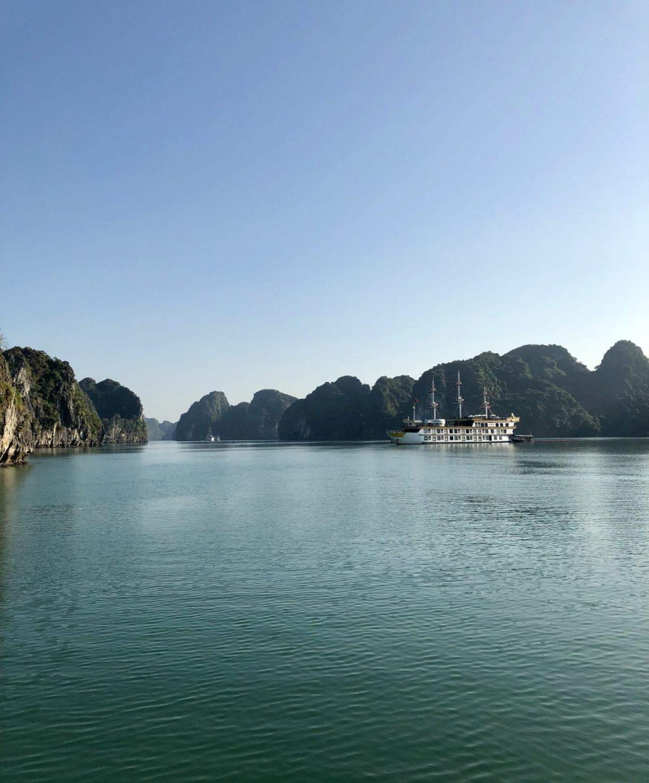 An unforgettable Bai Tu Long Bay cruise (Vietnam)