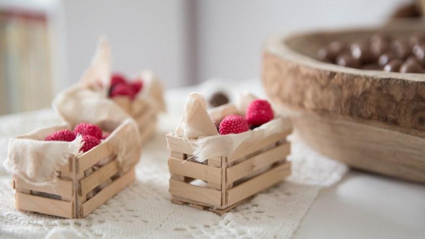 Mini cagettes avec des bâtons de glace | DIY