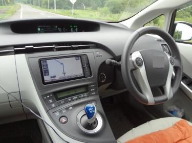 車の内装が劣化する原因と劣化を防止する方法について