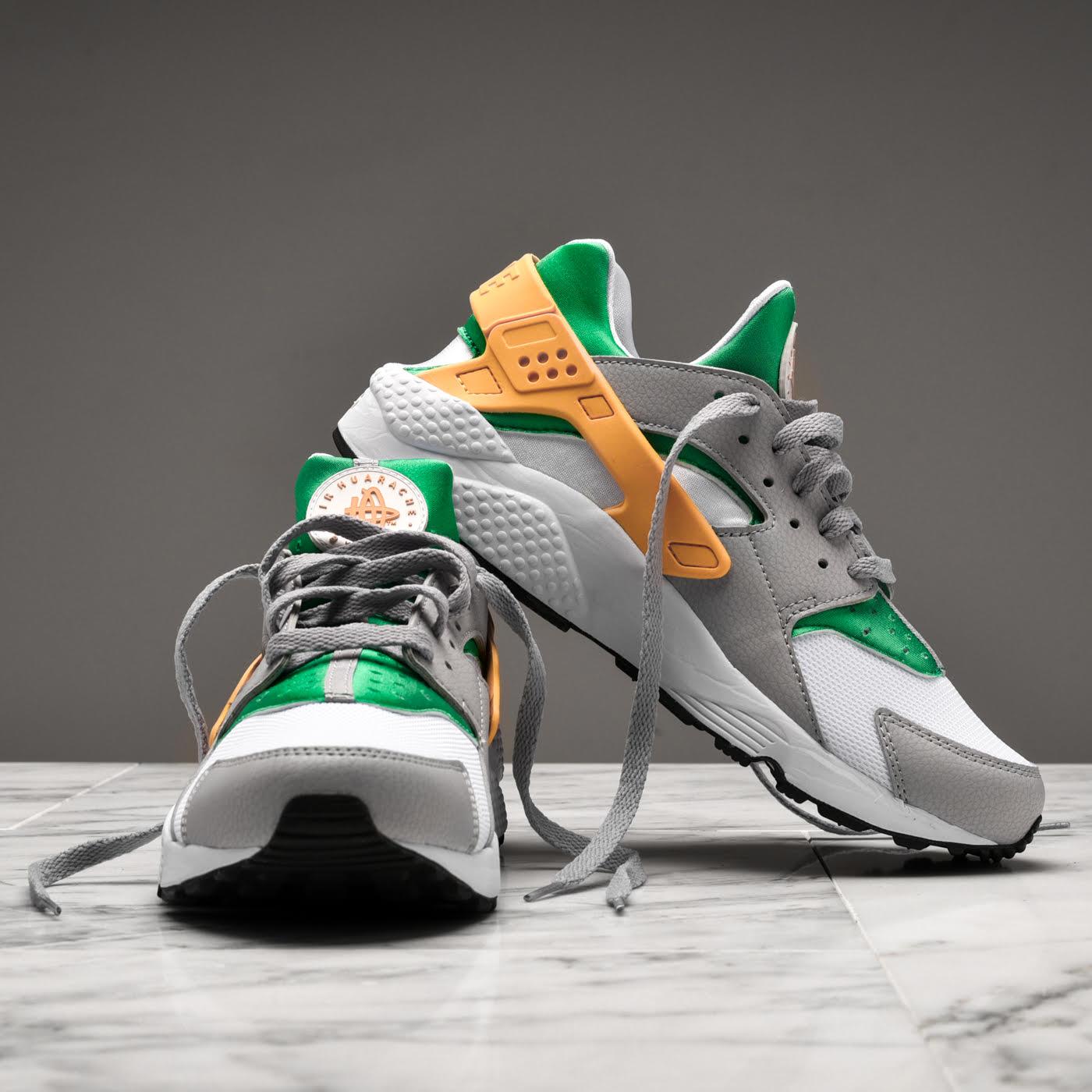 """cf01b1d8a66d Nike Air Huarache """"Oregon Ducks """". Nike Air Huarache """"Oregon Ducks """"  features a Lucid Green"""