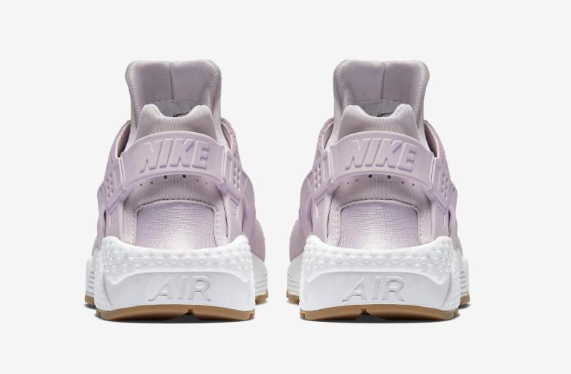 5c5d0f71c8dc Nike Air Huarache TXT Bleached Lilac Bleached Lilac