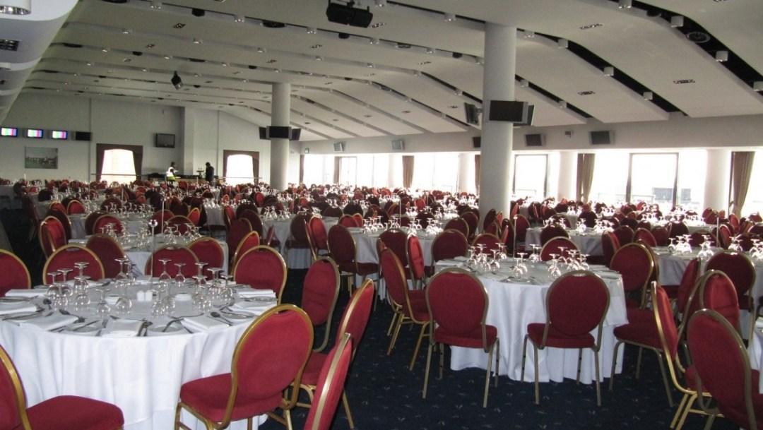 The Golden Miller Restaurant Cheltenham Racecourse