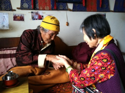 Greeting Rinpoche's Grandfather