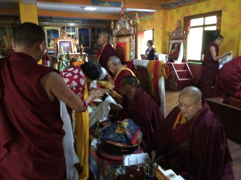 Dorje Palmo making Offerings