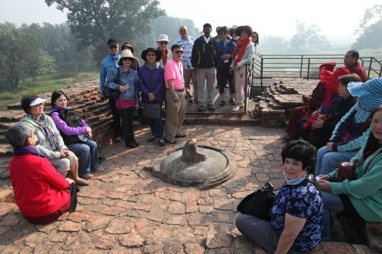 9 Group at Kudan Temple site