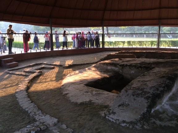 23 (Relics Stupa at Vaishali)