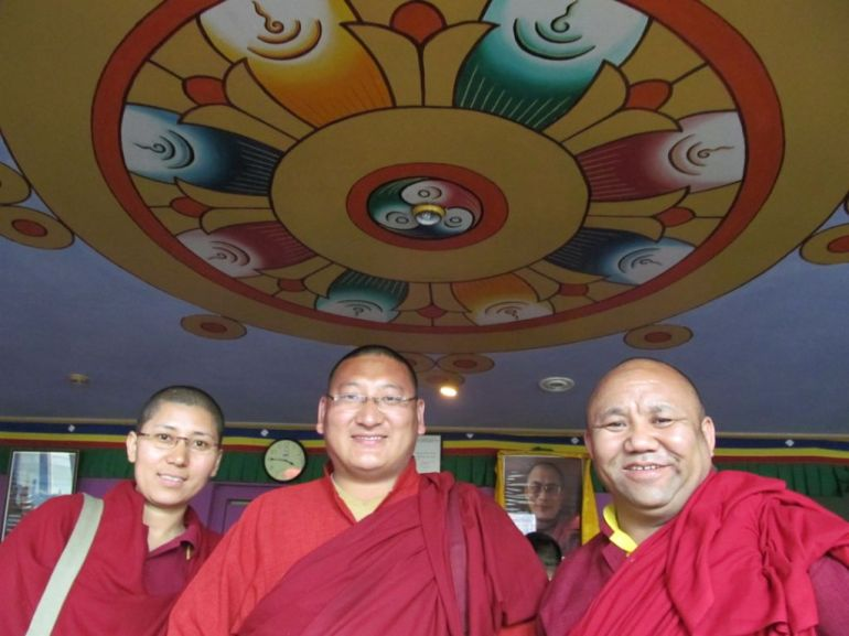 1_Greeting at Dharmasala By Ani Rutao_Chenme Khenpo Gyurme_Drubpan Lama Tsering