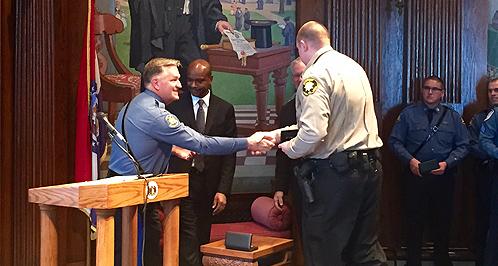 Missouri Law Enforcement Officers Receive Medal Of Valor ...