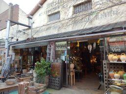 Típica tienda de chorradas en Saint-Ouen