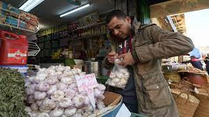 صورة الغلاء يسيطر على الإيرانيين والتضخم في ارتفاع مستمر