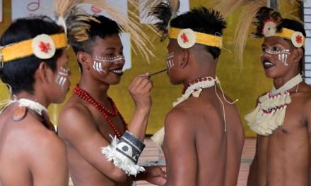 Conoce las reglas de la comunidad indígena que aceptó los gays