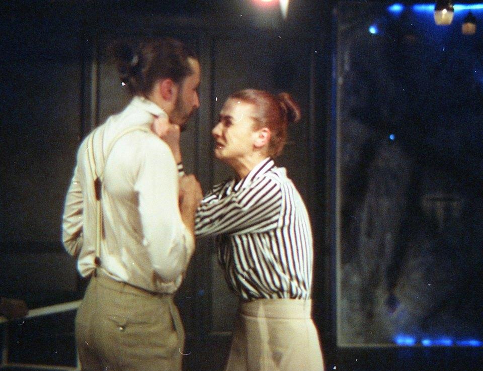 Oana Predescu (Ines) și Paul Radu (Garcin)