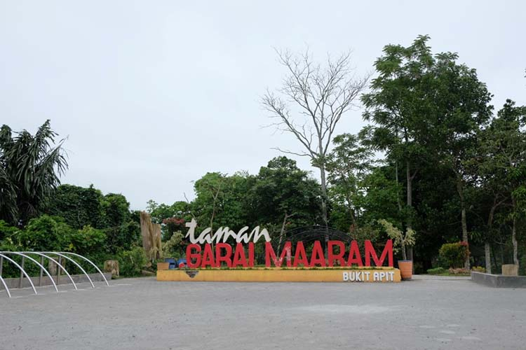 Taman Ngarai Maaram Bukittinggi