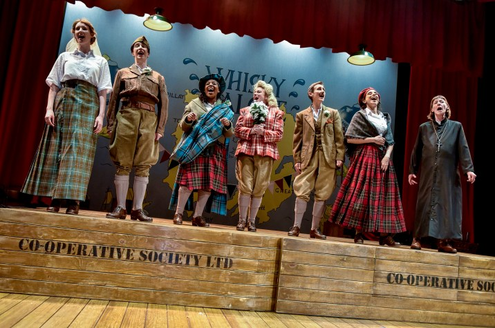 Whisky Galore -Lila Clements, Shuna Snow, Alicia McKenzie, Isabel Ford, Christine Mackie, Joey Parsad and Sally Armstrong (2)