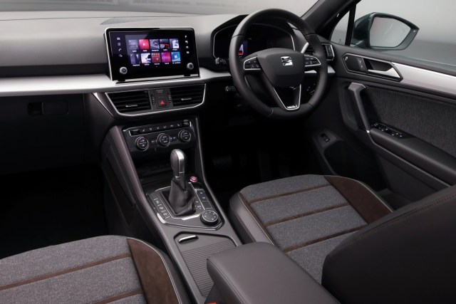 A dashboard shot of the Seat Tarraco showing the multimedia centre in its home on the dash.