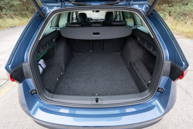 The large luggage capacity in the new Skoda Octavia Scout.