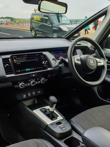 Fresh, contemporary and simple dash design and layout in the new Jazz.
