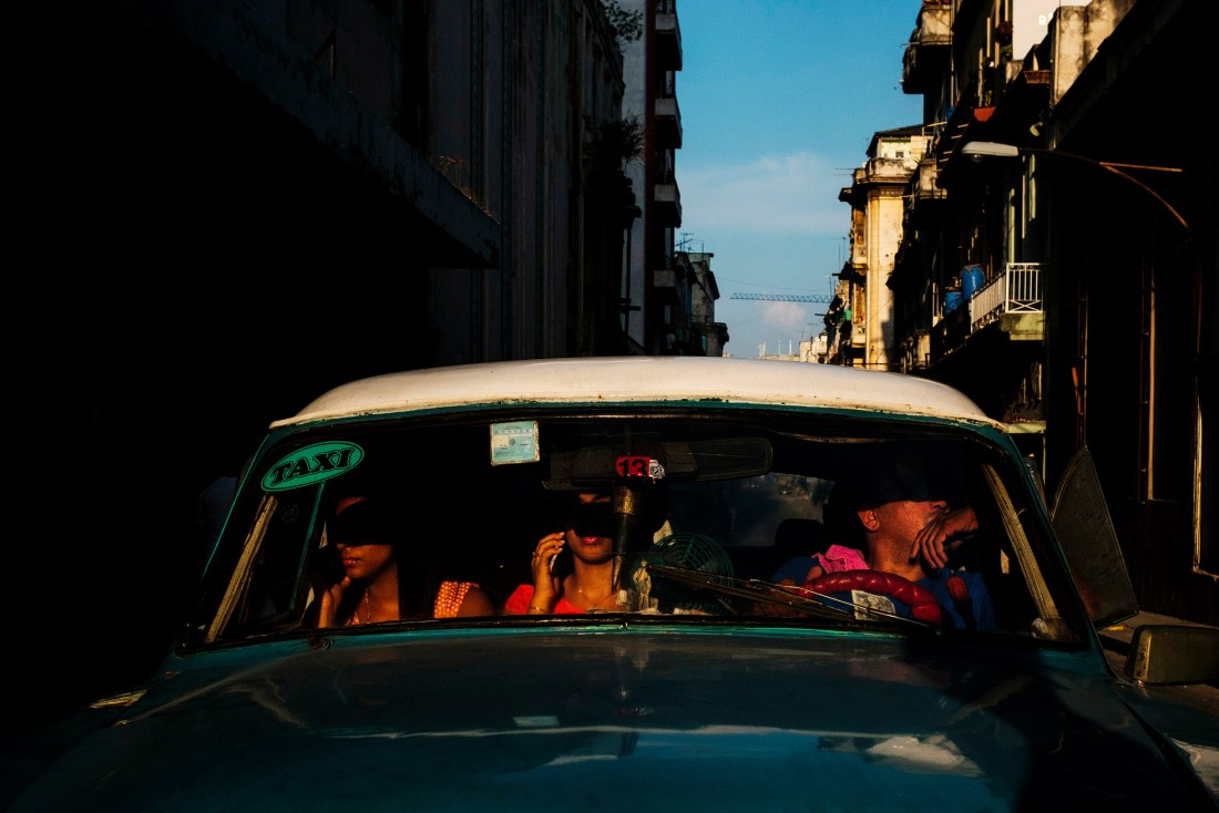 Travel Street Photography with the Fuji X-Pro2