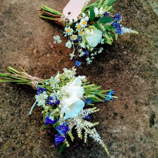 Country Buttonholes
