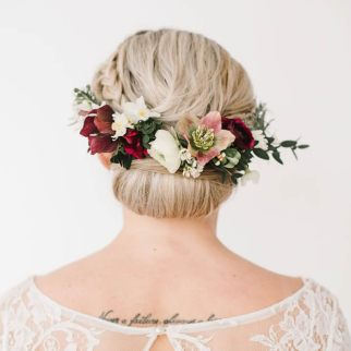 Flower Hair Piece Photo: Georgina Brewster Photography