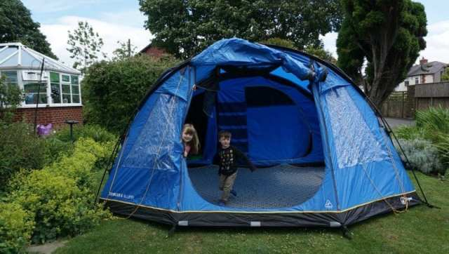 c7fa0a580c9 Voyager Hi Gear Eclipse 6 man family tent first set up   review ...