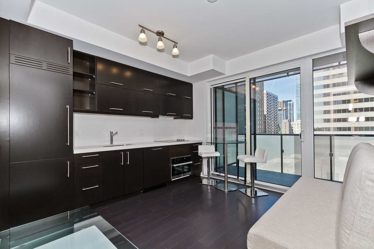 U Condos At 1080 Bay Street   One Bedroom For Sale