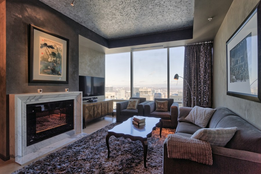 ONE BEDROOM FOR SALE AT SHANGRI-LA TORONTO