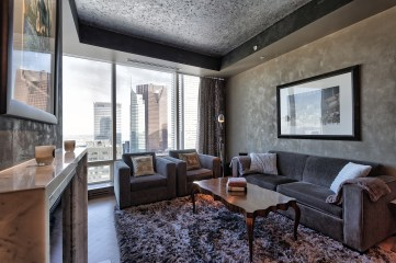 ONE BEDROOM FOR SALE SHANGRI-LA TORONTO - LUXURY CONDO FOR SALE
