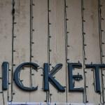 チケット転売 問題は違法性ではなく行きたい人が行けなくなること