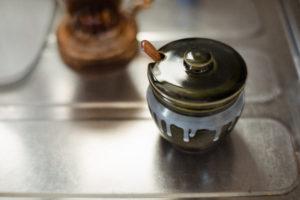 塩壺とキッチン