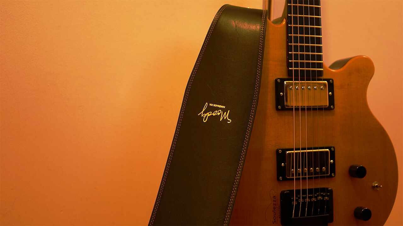 soulezza-guitar,moody-strap,ジャズギター,ストラップ