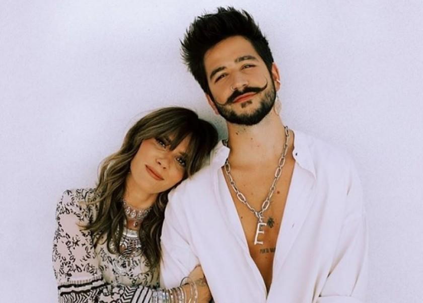 """KANY GARCÍA estrena el video musical de su canción """"TITANIC"""" junto a CAMILO."""